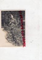 UNIFORME MILITAIRE - GUERRE 1939-1945- PHOTO FEMME 1939- ISSUE D ' UN LOT DE LOIRE ATLANTIQUE 44 AVEC MISSILLAC - 1939-45