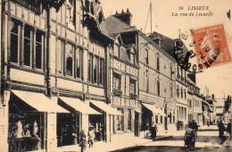 3774. CPA 14 LISIEUX. LA RUE DE LIVAROT. - Lisieux