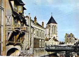 91 - CORBEIL ESSONNES : Petit Lot De 10 CPSM CPM GF (n° 14/14) Vues Diverses - Essonne - Corbeil Essonnes