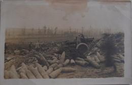 Carte Photo Soldats Français Devant Canon En Campagne   / 14-18 / WW1 / POILU - 1914-18