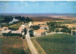Cpsm  -      Albaron  - Vue Aérienne      AD845 - Other Municipalities