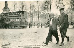 MANIFESTATION DU 1er MAI A PARIS(TRAMWAY) - Manifestations