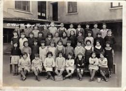 CUSSET 1934 1935 - CLASSE - ECOLE DE FILLES - RHONE 69 - PHOTO 18 X 13 CM - Lieux