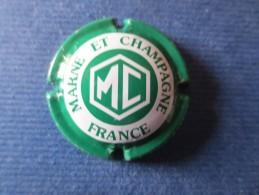 MARNE ET CHAMPAGNE Vert Vif Et Blanc - Marne Et Champagne