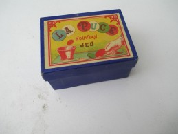"""Jeu Ancien/""""La Puce""""/Jeu De Société / Coupe, Jetons , Dés Et Régle Du Jeu/ Vers 1880-1900  JE142 - Juegos De Sociedad"""