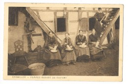 Cpa: 67 ENGWILLER (ar. Haguenau) Femmes Rapant Du Raifort 1924 - Other Municipalities