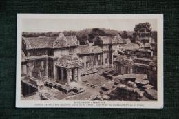 Ruines DANGKOR VATH - Porche Central Des Galeries Ouest Du 2 ème Etage - Cambodge