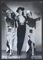 Foto *Casa Martí* *Trio Victoria* Meds: 125 X 177 Mms. Dorso En Blanco. - Personas Identificadas