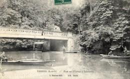 91 YERRES Pont Sur L´Yerres à L´abreuvoir;animée,barques - Yerres