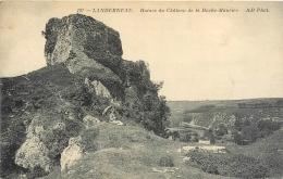 29 Landerneau, Ruines Du Chateau De La Roche-Maurice, Femme Avec Ombrelle, écrite 1919 - Landerneau