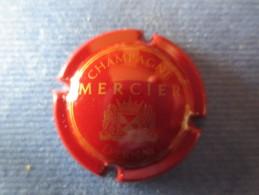 MERCIER. Bordeaux Et Or Mat - Mercier