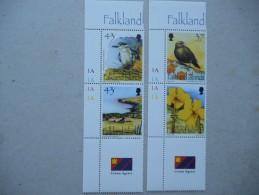 Y165 Falkland - 822 - 825 Mit Anh. Zf (Gutterpair) Mnh Carcass - Islands, Zdr. - Falkland
