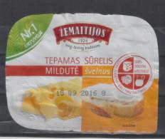Lithuania Litauen Spreadable Cheese - Etiquettes
