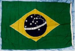 Original Schiffs-Flagge / Fahne  Brasilien  -  Von 1989  -  Material : Baumwolle  -  Ca. 133 X 89 Cm - Schiffe