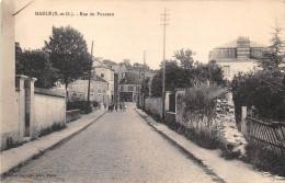 78-MAULE- RUE DU PONCEAU - Maule