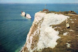 Postcard - Needles Lighthouse, Isle Of Wight. I.W.520 - Lighthouses