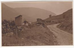 6111. A Highland Pillar Box  Nr.  Loch Lomond  - (Scotland) - Post