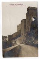 """SISTERON--1912--Porte Du Dauphiné , N° 31  éd Clergue --Série """"Alpes De France""""  Carte Glacée......à Saisir - Sisteron"""