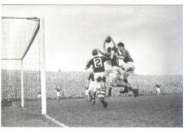 CPM FOOTBALL MATCH AMICAL FRANCE IRLANDE STADE DALYMOUNT PARK DUBLIN 1952  PHOTO JOURNAL EQUIPE REPRO - Football