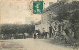 54 - M Et M - Vézelise - Gare - Chemin De Fer - Arrivée De L'omnibus - Vezelise
