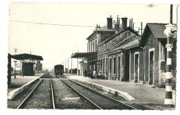 CPSM 28 AUNEAU LA GARE D'ORLEANS  TRAIN - Auneau