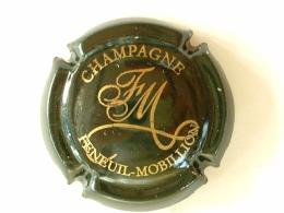 CAPSULE DE CHAMPAGNE  - FENEUIL MOBILLON - VERT FONCE ET OR - Champagne
