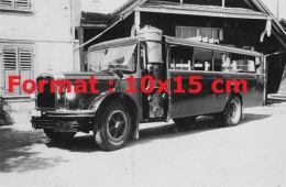 Photographie D´un Ancien Bus Saurer Gazogène - Reproductions