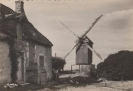 Cpsm - Environs De Voves - Un Moulin En Beauce Et Sa Chaumière - - Autres Communes
