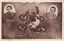Acrobatie Motocycliste (ensemble Unique) - M. Pilar / Melle Louisette - Cirque