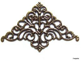 4 Estampe Coin D'angle Filigrane Couleur Bronze Environ 35mm De Côté  Estampe Filigrane En Forme De Triangle Très Léger - Perles