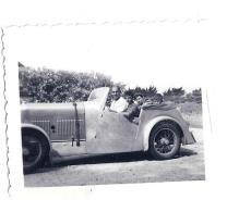 VIEILLE VOITURE  VACANCES 1952  6X5CM - Cars