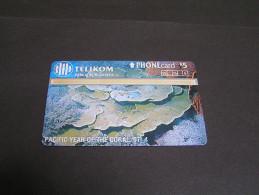 PAPUA 1997 25u Plate Coral;