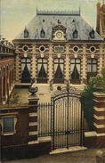 Beauvais - La Caisse D'Epargne - Carte Colorisée, Vernie, Non Circulée - Banks