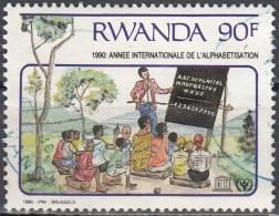 Rwanda 1991 Michel 1445 O Cote (2005) 2.00 Euro Alphabétisation Et éducation Cachet Rond - Rwanda