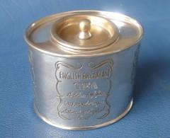 SUPERBE BOÎTE A THE En Laiton Argenté - . ENGLISHBREAKFAST TEA A BLEND FINE TEAS PRODUCING A DISTINCTIVE ENGLISH BREW. - Boîtes/Coffrets