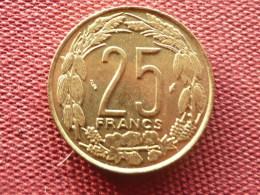 ETATS De L'AFRIQUE CENTRALE Superbe Monnaie De 25 Francs 1975 - East Africa & Uganda Protectorates