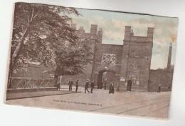 1918 Postcard MAIN GATE  HM DOCKYARD CHATHAM, Navy Personnel Outside Gate,  Gb - England