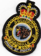 Superbe écusson SQUADRON, Escadrille 439, Fanos Of Death, Loup Gueule Ouverte, Couronne  (ec3.) - Ecussons Tissu