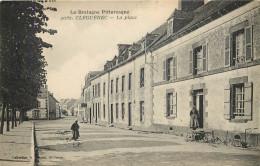 56 - MORBIHAN - Cléguérec - Place