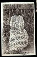 CPA PRECURSEUR-MADAGASCAR- DIÉGO-SUAREZ- TYPE DE FEMME SAKALAVES EN 1900- TRES GROS PLAN - Madagascar