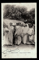 CPA PRECURSEUR- MADAGASCAR- DIÉGO-SUAREZ- GROUPES DE FEMMES INDIGENES EN 1900- TRES GROS PLAN- COSTUMES- - Madagascar