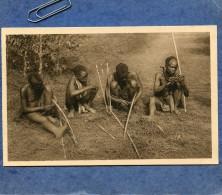RUANDA - FABRICANTS D'ARCS (ABATANASI) - Ruanda-Urundi