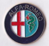 Pin's Automobile Sigle Alfa-Romeo, Zamac émail 5 Couleurs - Alfa Romeo