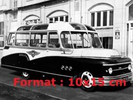 Reproduction D'une Photographie D'un Bus Bedford OB By Domburg De 1949 - Reproductions