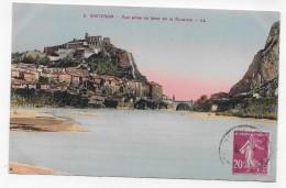 SISTERON - N° 2 - VUE PRISE AU BORD DE LA DURANCE - CPA VOYAGEE - Sisteron