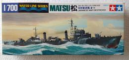 Japanese Navy Destroyer Matsu 1/700 (  Tamiya ) - Boats