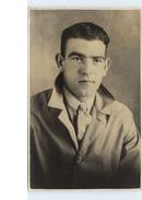 Unidentified Man - Unused Card - Famous People