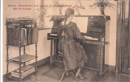 Wavre - Pensionnat Des Soeurs De La Providence - Salle De Musique (piano, Animée) - Waver