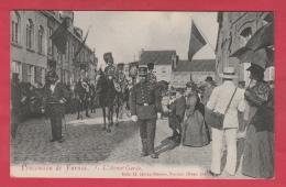 Gendarmes Cavaliers En Avant-garde à La Procession De Furnes / Veurne ( Voir Verso ) - Police - Gendarmerie