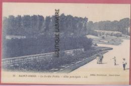 62 - SAINT OMER---Le Jardin Public--Allée Principale--animé - Saint Omer